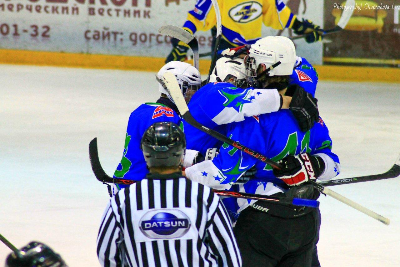 Кирово-Чепецкие юниоры в хоккее обеспечили себе выход в финал