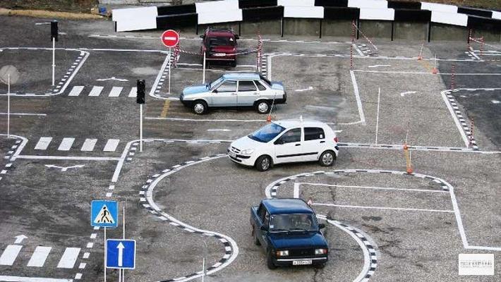 В Чепецке автодром стал предметом споров между колледжем и строительной организацией