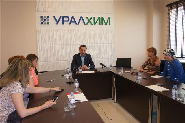 Журналисты региона познакомились с производством «ЗМУ КЧХК»