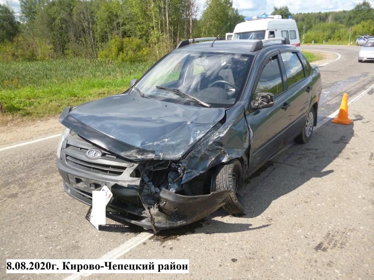 В Кирово-Чепецком районе лоб в лоб столкнулись два ВАЗа: есть пострадавшие
