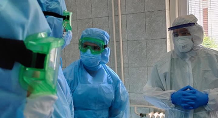 В больнице скончался еще один житель Кировской области с COVID-19