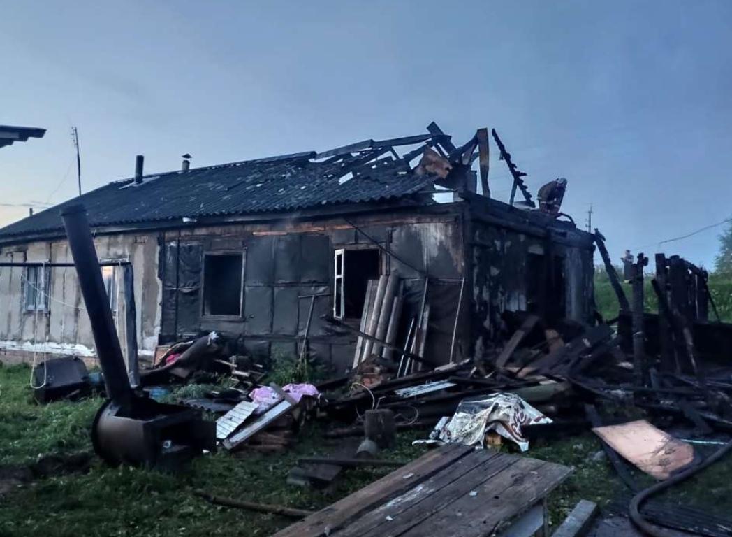 В Кирово-Чепецком районе произошел серьезный пожар: сгорели две квартиры