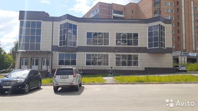 В Кирово-Чепецке выставили на продажу здание торгового центра