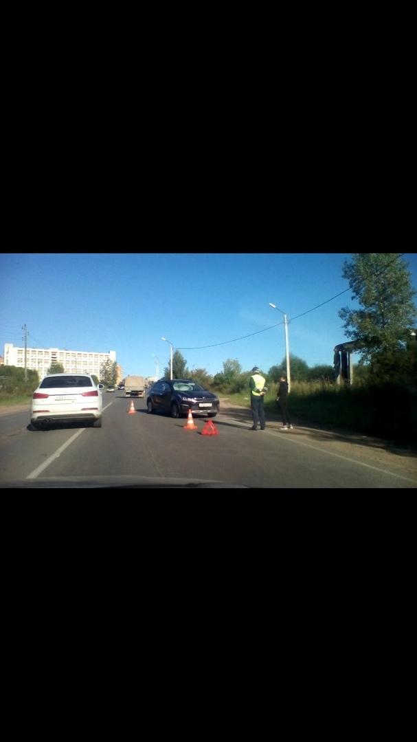 В Кирово-Чепецке иномарка сбила велосипедиста: пострадавший скрылся