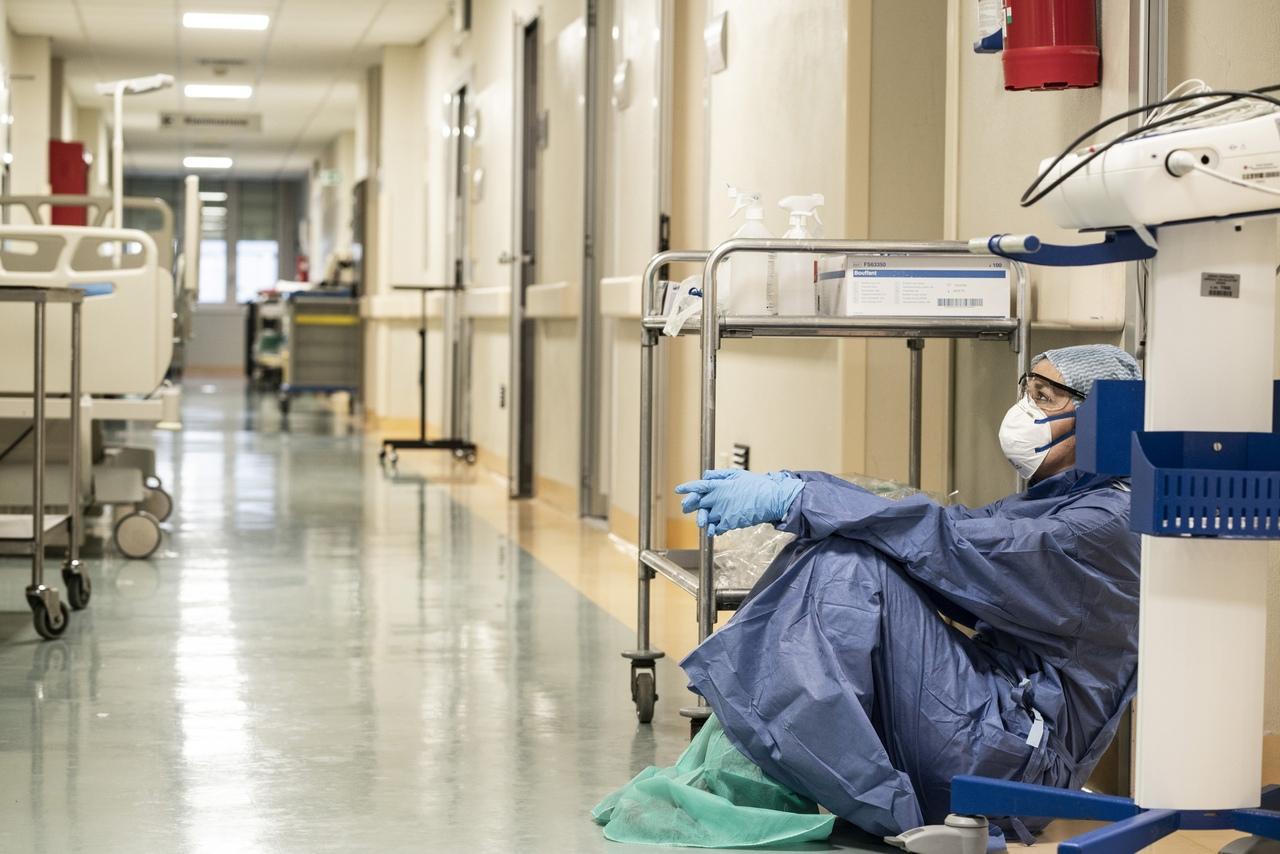 Больше тысячи больных с пневмонией за сутки: статистика COVID-19 в Кировской области