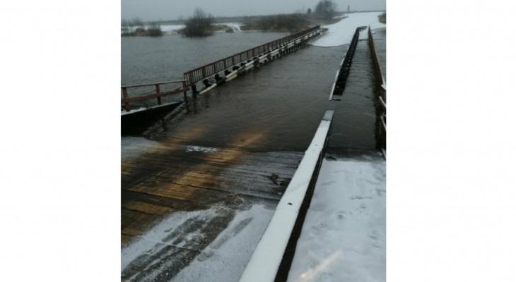 На обслуживание наплавного моста в Каринторфе потратят 1,7 млн рублей