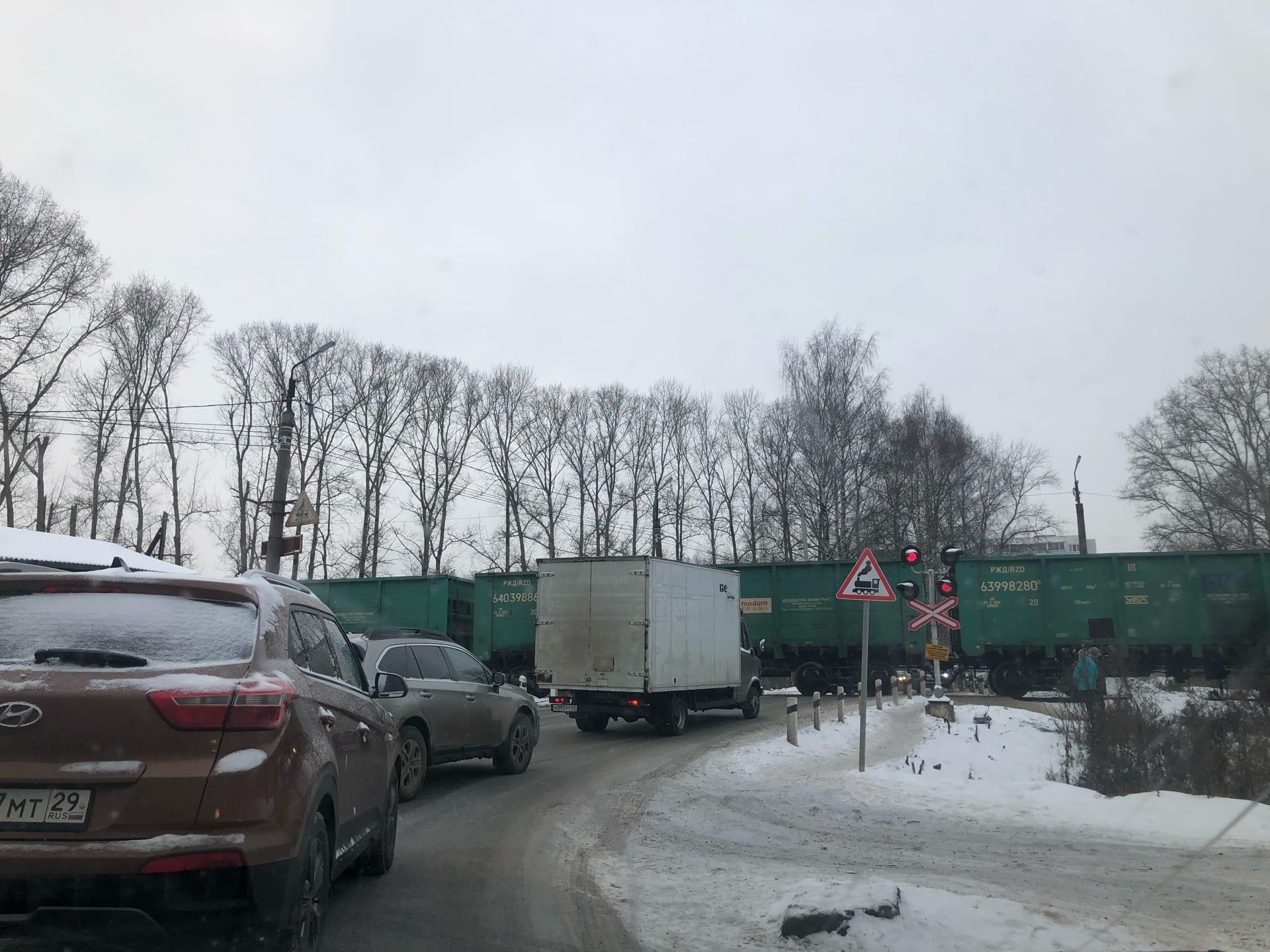 В Кирово-Чепецком районе на 7 часов закроют переезд
