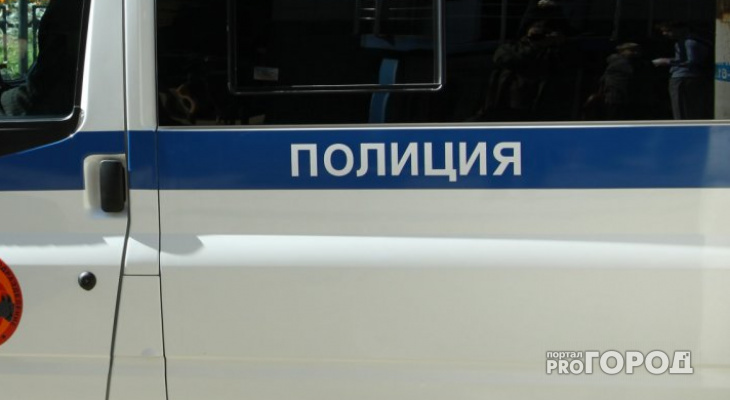 В Чепецке мошенники два дня «выжимали» из бабушки деньги и водили ее по банкам